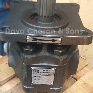 Clutch pump - D50 Bulldozer 2