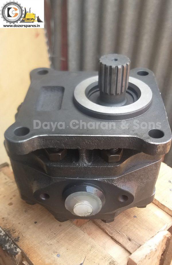Clutch pump - D50 Bulldozer 1